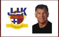 Kolmosessa pelaavan joukkueen päävalmentajaksi nimetty Stephen Clark